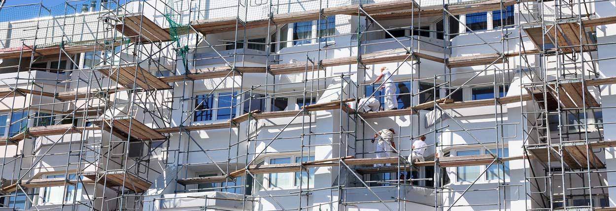 Gerüst an Fassade - Fassadendämmung